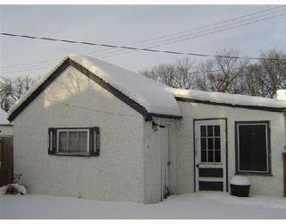 Photo 3: 215 HARVARD Avenue West in WINNIPEG: Transcona Residential for sale (North East Winnipeg)  : MLS®# 2801034