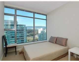 "Photo 9: 1601 1710 BAYSHORE Drive in Vancouver: Coal Harbour Condo for sale in ""BAYSHORE GARDENS"" (Vancouver West)  : MLS®# V706023"