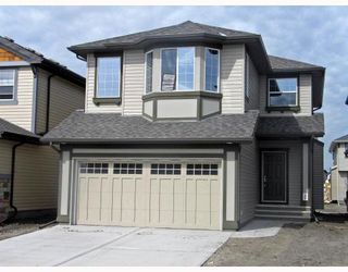 Photo 1: 144 valleyview Court SE in CALGARY: West Dover Residential Detached Single Family for sale (Calgary)  : MLS®# C3328806