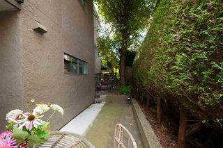 """Photo 8: 103 288 E 14TH Avenue in Vancouver: Mount Pleasant VE Condo for sale in """"VILLA SOPHIA"""" (Vancouver East)  : MLS®# R2403450"""