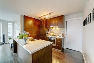 Photo 14: 1807 535 SMITHE Street in Vancouver: Downtown VW Condo for sale (Vancouver West)  : MLS®# R2404991