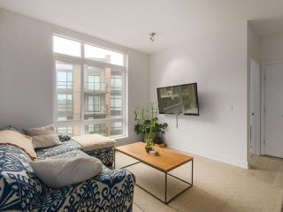 """Photo 4: 408 733 W 3RD Street in North Vancouver: Harbourside Condo for sale in """"THE SHORE"""" : MLS®# R2424919"""