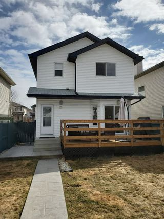 Photo 2: 17460 89 Street in Edmonton: Zone 28 House for sale : MLS®# E4186853