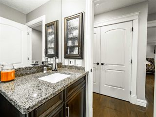 Photo 19: 1716 BEARSPAW Drive E in Edmonton: Zone 16 House for sale : MLS®# E4196560