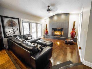 Photo 2: 1716 BEARSPAW Drive E in Edmonton: Zone 16 House for sale : MLS®# E4196560