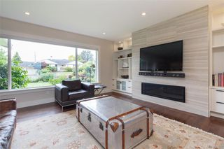 Photo 4: 2706 Dorset Rd in Oak Bay: OB Uplands House for sale : MLS®# 841020