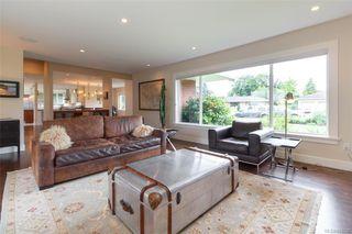 Photo 5: 2706 Dorset Rd in Oak Bay: OB Uplands House for sale : MLS®# 841020