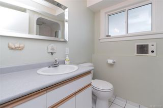 Photo 26: 2706 Dorset Rd in Oak Bay: OB Uplands House for sale : MLS®# 841020