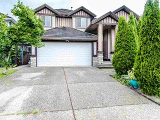 Photo 1: 7331 146 Street in Surrey: East Newton House for sale : MLS®# R2490131
