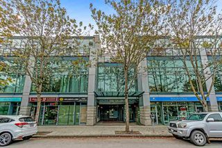 "Photo 1: 410 1630 W 1ST Avenue in Vancouver: False Creek Condo for sale in ""The Galleria"" (Vancouver West)  : MLS®# R2497368"