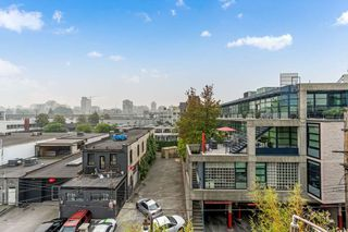 "Photo 17: 410 1630 W 1ST Avenue in Vancouver: False Creek Condo for sale in ""The Galleria"" (Vancouver West)  : MLS®# R2497368"