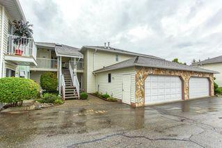 "Photo 2: 111 7156 121 Street in Surrey: West Newton Townhouse for sale in ""GLENWOOD VILLAGE"" : MLS®# R2505094"