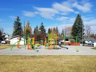 Photo 35: 2728 Cedarbrae Drive SW in Calgary: Cedarbrae Detached for sale : MLS®# A1041072