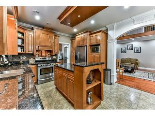 Photo 9: 12673 90A Avenue in Surrey: Queen Mary Park Surrey House for sale : MLS®# R2509205