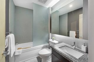 Photo 12: 824 1005 W King Street in Toronto: Niagara Condo for sale (Toronto C01)  : MLS®# C4994367