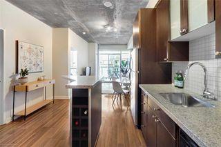 Photo 3: 824 1005 W King Street in Toronto: Niagara Condo for sale (Toronto C01)  : MLS®# C4994367