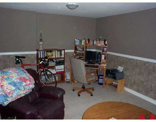 """Photo 8: 7 16760 61ST Avenue in Surrey: Cloverdale BC Townhouse for sale in """"Harvest Landing"""" (Cloverdale)  : MLS®# F2708278"""