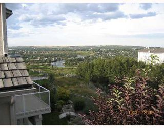 Photo 10: 350 Patterson Boulevard SW in CALGARY: Prominence Patterson Residential Detached Single Family for sale (Calgary)  : MLS®# C3262111