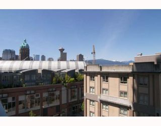"""Photo 7: 806 550 TAYLOR Street in Vancouver: Downtown VW Condo for sale in """"TAYLOR"""" (Vancouver West)  : MLS®# V648677"""