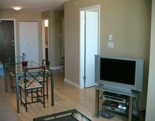 """Photo 3: 806 550 TAYLOR Street in Vancouver: Downtown VW Condo for sale in """"TAYLOR"""" (Vancouver West)  : MLS®# V648677"""