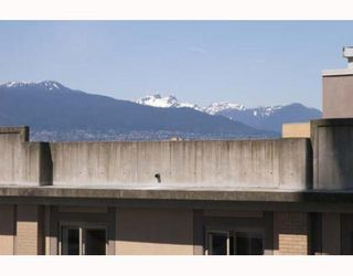"""Photo 9: 806 550 TAYLOR Street in Vancouver: Downtown VW Condo for sale in """"TAYLOR"""" (Vancouver West)  : MLS®# V648677"""