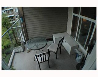 """Photo 10: 311 5700 ANDREWS Road in Richmond: Steveston South Condo for sale in """"RIVERS REACH"""" : MLS®# V651969"""