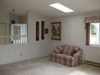 Photo 4: 305 EVERGREEN AVE in COURTENAY: Other for sale : MLS®# 311567