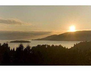 Main Photo: 5508 WESTHAVEN Road in West_Vancouver: Eagle Harbour House for sale (West Vancouver)  : MLS®# V687357