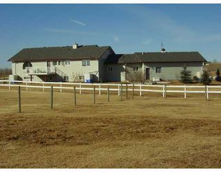 Photo 2:  in COCHRANE: Rural Rocky View MD Residential Detached Single Family for sale : MLS®# C3313901