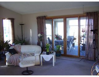 Photo 4:  in COCHRANE: Rural Rocky View MD Residential Detached Single Family for sale : MLS®# C3313901