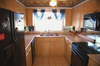 Photo 3: 16 30 Laguna Parkway in Lagoon City: Condo for sale (X17: ANTEN MILLS)  : MLS®# X1363979