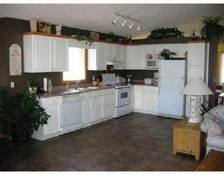 Photo 2: 119 FULTON Street in WINNIPEG: St Vital Residential for sale (South East Winnipeg)  : MLS®# 2808270