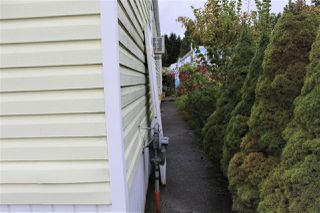 "Photo 2: 64 201 CAYER Street in Coquitlam: Maillardville Manufactured Home for sale in ""WILDWOOD"" : MLS®# R2411078"