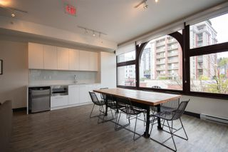 """Photo 9: 409 668 COLUMBIA Street in New Westminster: Quay Condo for sale in """"Trapp + Holbrook"""" : MLS®# R2411789"""