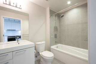 """Photo 6: 409 668 COLUMBIA Street in New Westminster: Quay Condo for sale in """"Trapp + Holbrook"""" : MLS®# R2411789"""