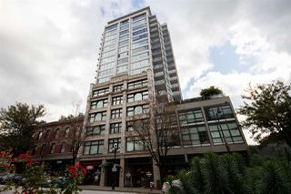"""Photo 8: 409 668 COLUMBIA Street in New Westminster: Quay Condo for sale in """"Trapp + Holbrook"""" : MLS®# R2411789"""