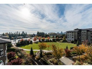 "Photo 10: 518 3178 DAYANEE SPRINGS Boulevard in Coquitlam: Westwood Plateau Condo for sale in ""Tamarack"" : MLS®# R2416860"