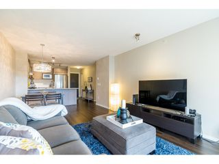 "Photo 7: 518 3178 DAYANEE SPRINGS Boulevard in Coquitlam: Westwood Plateau Condo for sale in ""Tamarack"" : MLS®# R2416860"