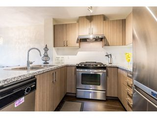"Photo 4: 518 3178 DAYANEE SPRINGS Boulevard in Coquitlam: Westwood Plateau Condo for sale in ""Tamarack"" : MLS®# R2416860"