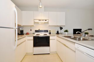 """Photo 6: 201 1219 JOHNSON Street in Coquitlam: Canyon Springs Condo for sale in """"MOUNTAINSIDE PLACE"""" : MLS®# R2419625"""