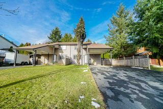 Photo 1: 13275 97 Avenue in Surrey: Whalley House 1/2 Duplex for sale (North Surrey)  : MLS®# R2427527
