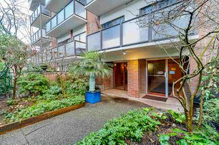 """Photo 3: 109 1535 NELSON Street in Vancouver: West End VW Condo for sale in """"The Admiral"""" (Vancouver West)  : MLS®# R2460429"""