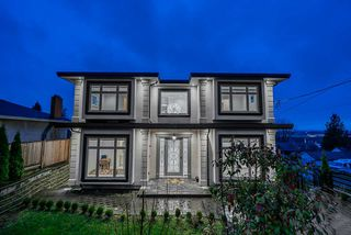 Photo 1: 5410 PATRICK Street in Burnaby: South Slope House for sale (Burnaby South)  : MLS®# R2472968