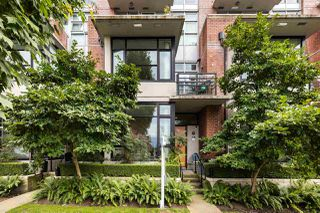 Photo 2: 290 E 11TH AVENUE in Vancouver: Mount Pleasant VE Townhouse for sale (Vancouver East)  : MLS®# R2478485