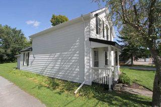 Photo 3: 304 Bay Street in Brock: Beaverton House (1 1/2 Storey) for sale : MLS®# N4914458