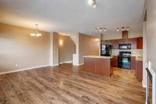 Photo 8: 38 3010 33 Avenue NW in Edmonton: Zone 30 Townhouse for sale : MLS®# E4221354