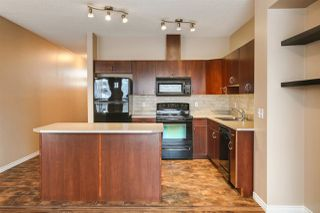 Photo 6: 38 3010 33 Avenue NW in Edmonton: Zone 30 Townhouse for sale : MLS®# E4221354