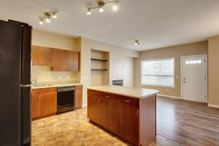 Photo 4: 38 3010 33 Avenue NW in Edmonton: Zone 30 Townhouse for sale : MLS®# E4221354