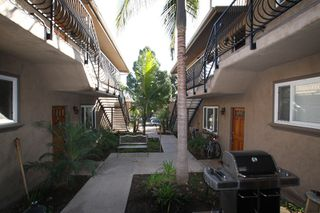 Photo 9: PACIFIC BEACH Condo  ()  : 2 bedrooms : 1792 Missouri Street in San Diego