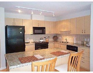 """Photo 2: 404 720 HAMILTON Street in New_Westminster: Uptown NW Condo for sale in """"GENERATIONS"""" (New Westminster)  : MLS®# V665429"""